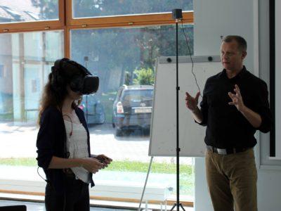 "Predavanje o virtualnoj stvarnosti na konferenciji ""Zanimanja budućnosti"""